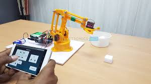 Robot Arm with Smartphone control Using Arduino robot arm with smartphone control using arduino Robot Arm with Smartphone control Using Arduino Robot Arm with Smartphone control Using Arduino